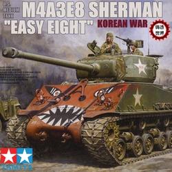 铸造世界 田宫 美国M4A3E8谢尔曼 朝鲜战争附吉普车 1/35 35359