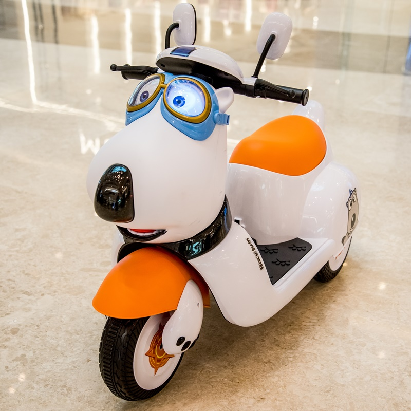 Children's electric motorcycles can ride men, women, babies, infants, children's tricycles charging toy batteries and children's bicycles