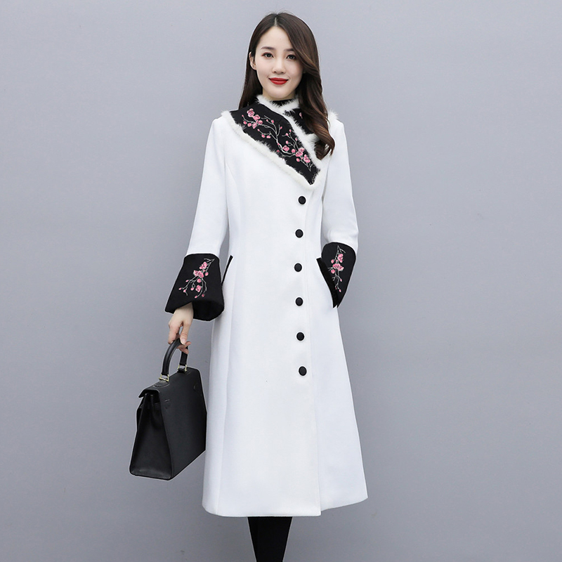 Chinese wind Tang womens winter dress thickened Chinese jacket jacket ancient young style modified version of Mao Han clothing