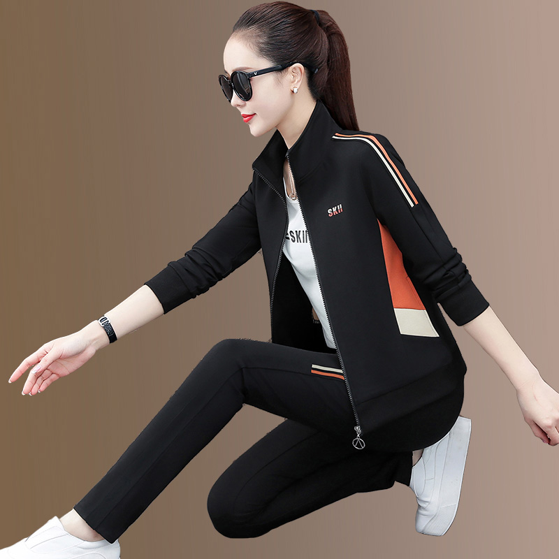 Casual sportswear suit womens spring and autumn 2021 new trendy color color large size loose collar sweatshirt three-piece set