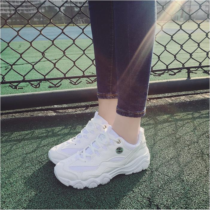 Giày thể thao nữ, thời trang cá tính, phong cách sinh viên, nằm trong bộ sưu tập mùa xuân 2017