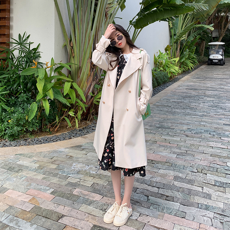 2021 new spring and autumn temperament wind coat female middle-length over-knee waist Korean version of loose British wind coat tide