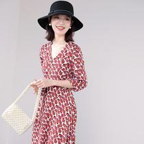 Japan printed floral dress 2021 new French vintage chiffon dress female mid-length wrap tea break dress summer