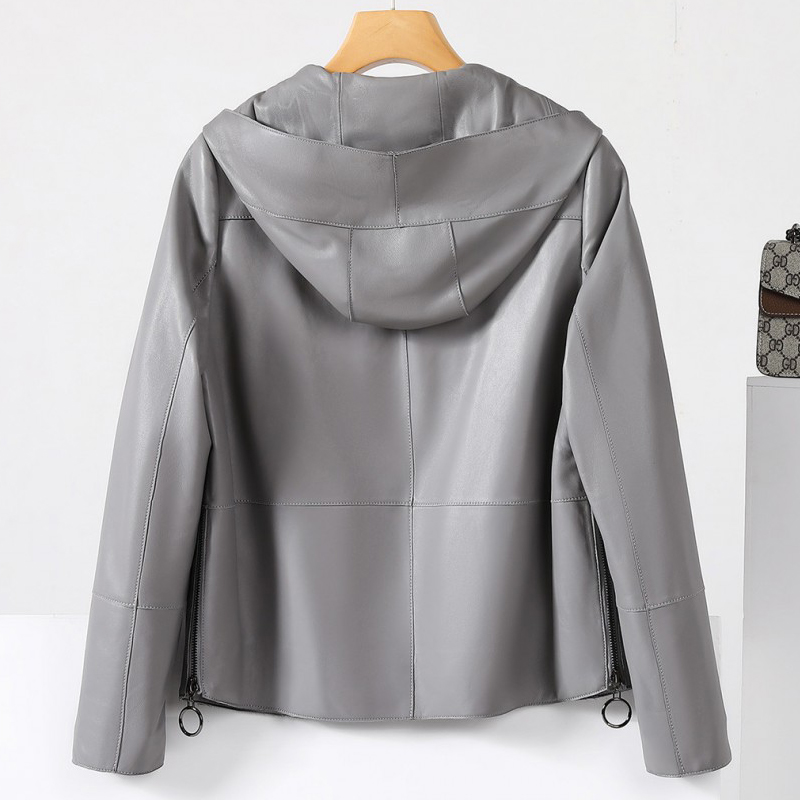 Special treatment leather women 2021 spring and autumn new coat short womens Korean version of the wild young Haining locomotive