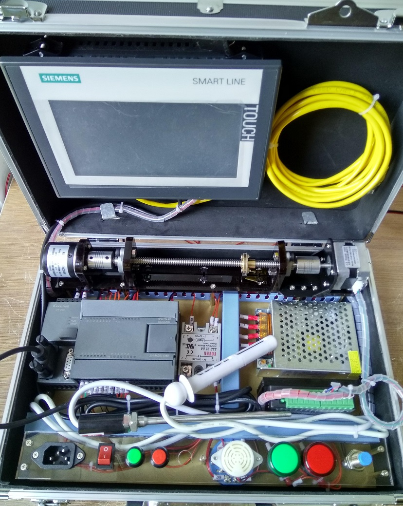 Siemens PLC learning machine plc experiment box Screw touch screen Free to  send information