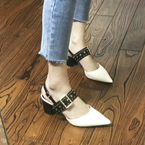 Small CK Baotou sandals female thick with 2019 summer new fashion Rivet after the empty leather word buckle pointed heels
