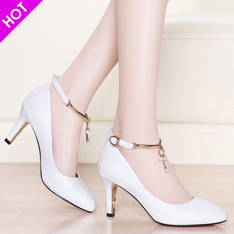 New high-heeled black professional pointed small leather shoes for work in 2019
