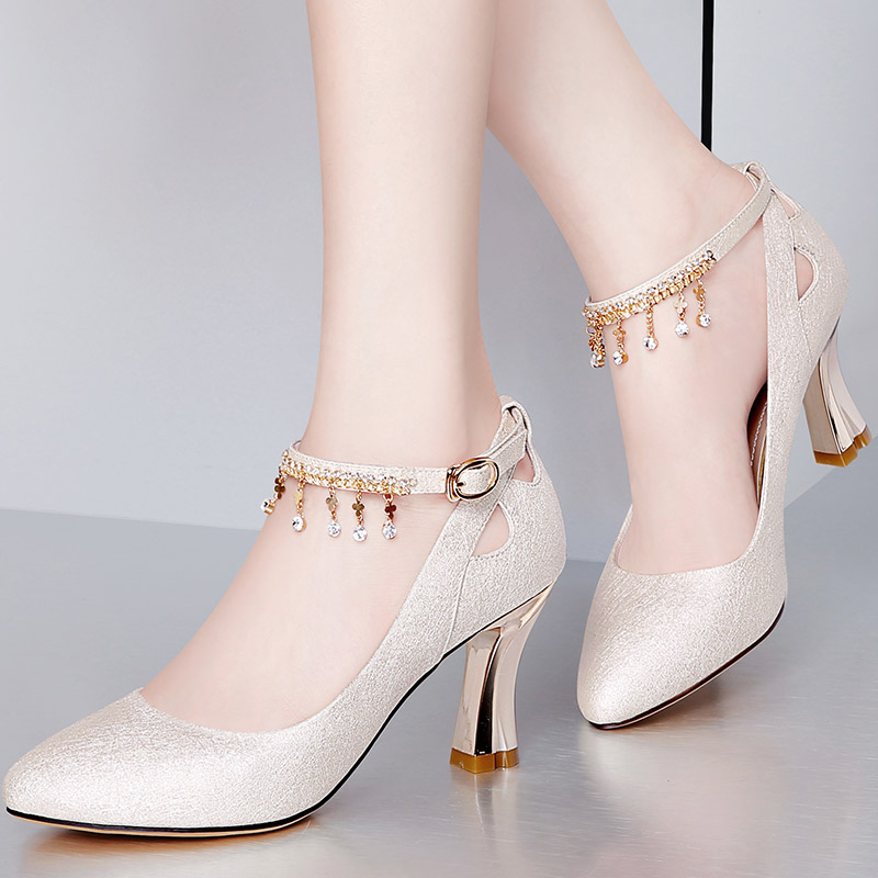 Autumn single shoes female 2018 new word buckle thick with high heels fashion wild with wedding shoes spring and autumn women's shoes