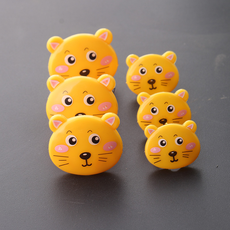 Cartoon childrens socket protection cover power jack protection cover baby anti-electric plug insulation safety plug
