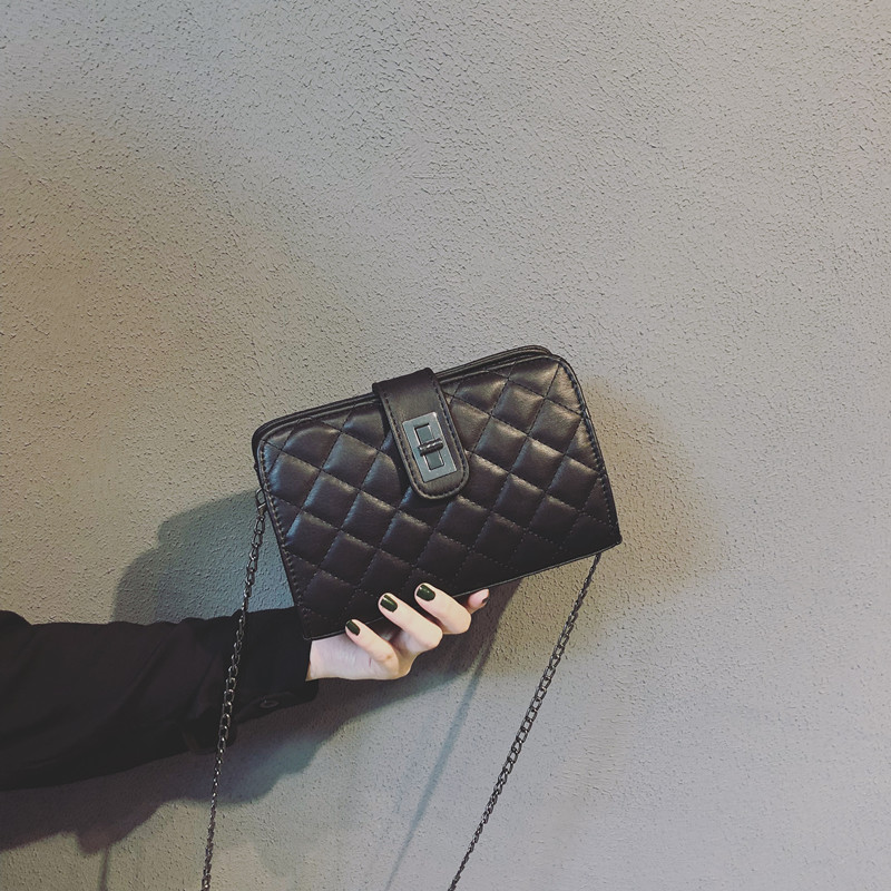 Shangxin Xiaoxiang Baonu 2019 Chaozhou Korean version Baitao oblique Bag mini-Fang Baolingge chain bag