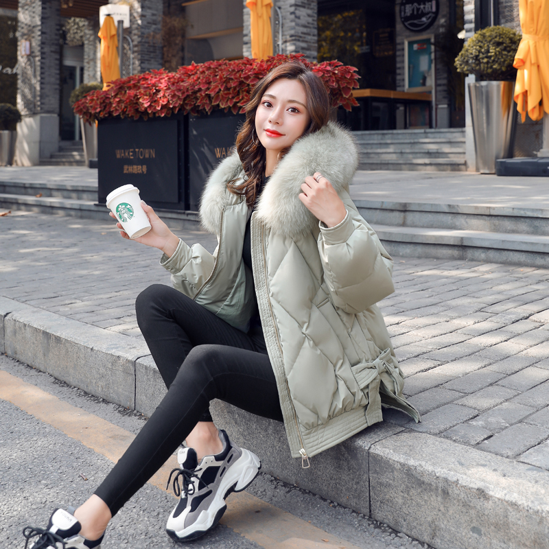 Anti-season down jacket womens short 2020 winter new fashion large fur collar loose Korean version plus thick white duck down jacket