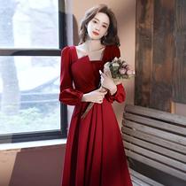 Toast dress bride female red winter autumn winter winter winter engagement dress back door 2021 new wedding dress