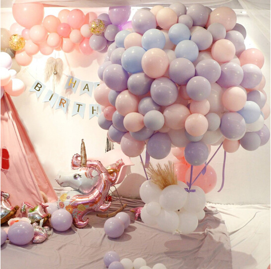 The 100 wedding rooms with 10 inch macalon-colored latex balloons are packed with wedding balloon party supplies