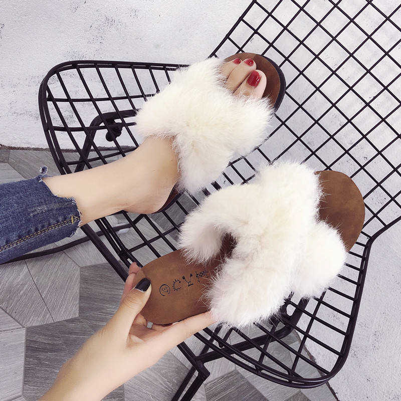2009 Korean version of the new cross-wool slippers for women fashion wearing 100 sets of chic students flat-soled sandals