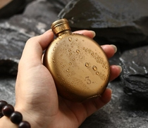 Stainless steel copper mini jukebox fashion portable outdoor 3 ounces creative retro bottle gold