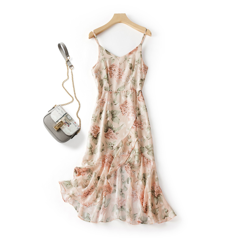 Sling dress fairy super fairy sweet outside wearing small fresh gentle style temperament slim French chiffon skirt summer