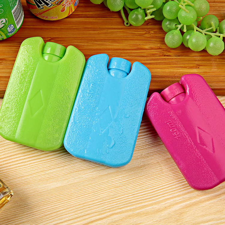 Summer fresh-keeping chilled ice pack ice crystal small blue ice color ice box cooling ice pack mini ice board can be used repeatedly