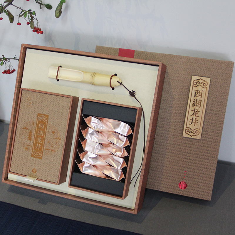 2018 New Tea Recalling Jiangnan Tea West Lake Longjing Gift Box 100g Mingqian Longjing Tea Hangzhou Green Tea