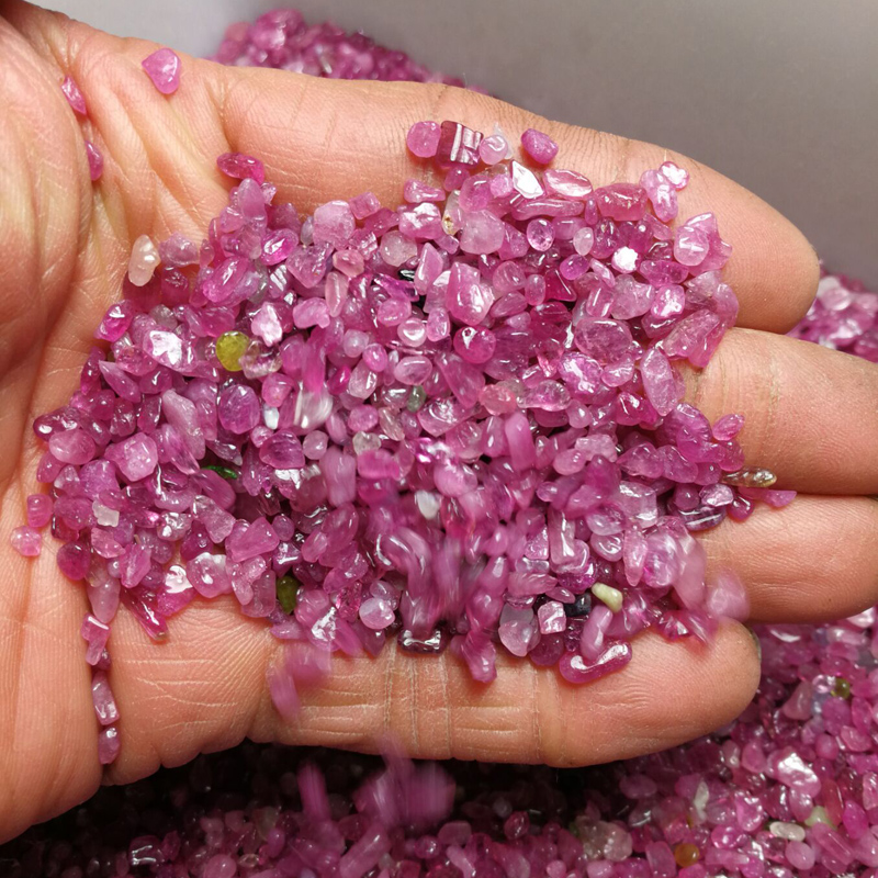 100 grams price natural red tourmaline gravel bonsai fish tank stone swing pieces fine particles about 3 to 6 mm