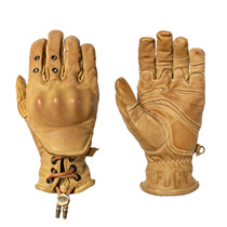 Fluor Garage took five years to create vintage motorcycle gloves pure hand-crafted into a variety of technologies