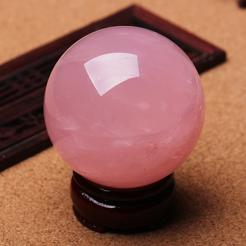 Open the natural powder crystal ball set peach flower town house to attract money to help love crystal pink to promote marriage