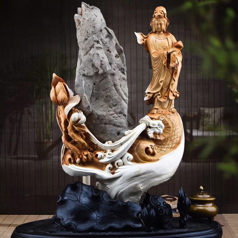 Wood wood three natural Thuja ornaments gifts Taihang mountain root carving aging Guanyin Miller Town house lucky with the type