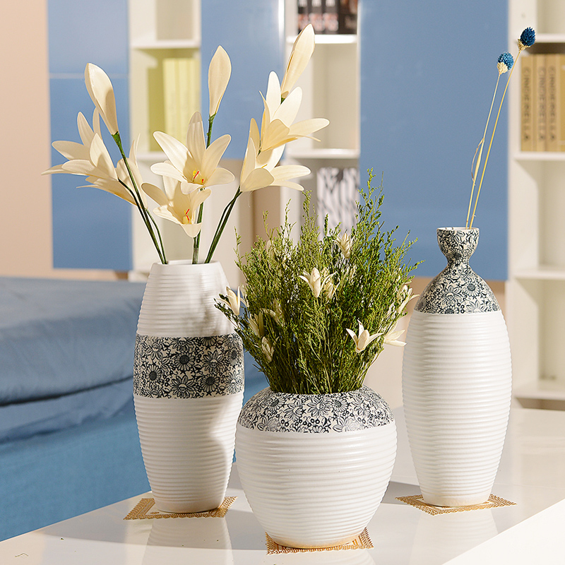 Jingdezhen ceramic dried flower vase simple modern home accessories white table flower creative living room decoration