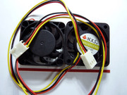 Kim small fan 4*4CM 12V / /CPU 3 computer chassis fan wire with a plug
