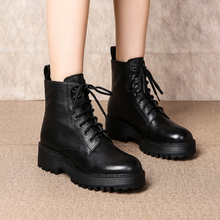 Martin Boots Girl 2019 New British Style Student ins Retro